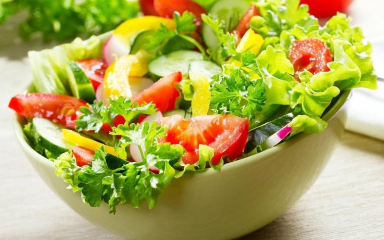 Nutrición: Aprovechemos los días cálidos para consumir ensaladas frescas y saludables