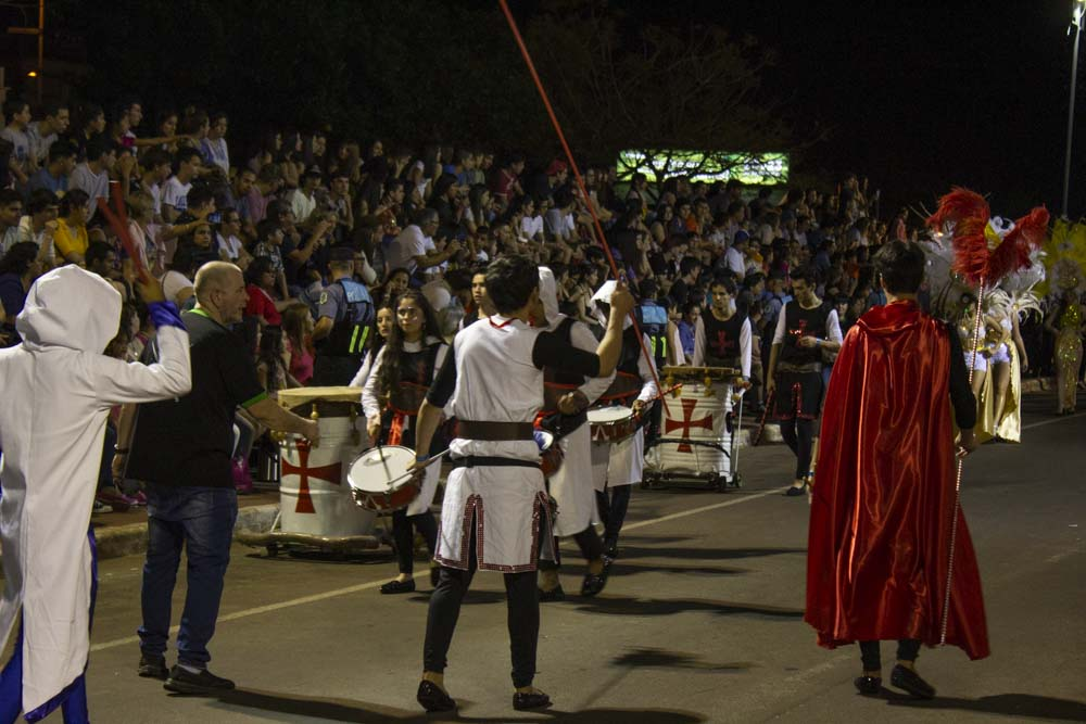 Primera noche de la Estudiantina 2018: las temáticas que presentaron las instituciones