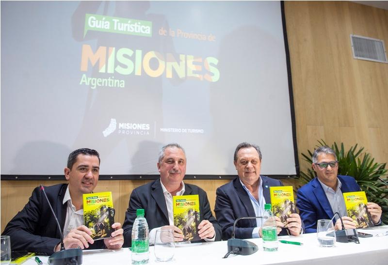 """Passalacqua presentó la guía turística de la Provincia en la FIT y destacó que """"todo Misiones es turismo"""""""