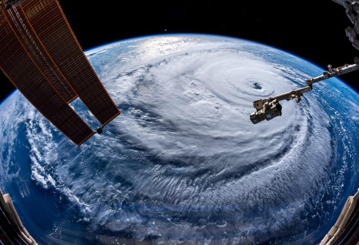 El huracán Florence continúa creciendo y se dirige a zonas que creían fuera de peligro