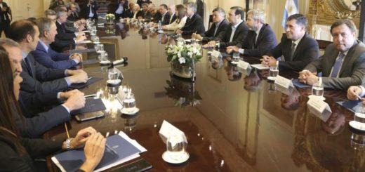 Macri recibió a los gobernadores en la Rosada y avanzó en las negociaciones por el Presupuesto