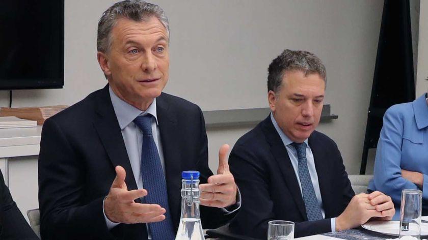 Macri y Dujovne: «Mañana anunciaríamos el acuerdo con el FMI»