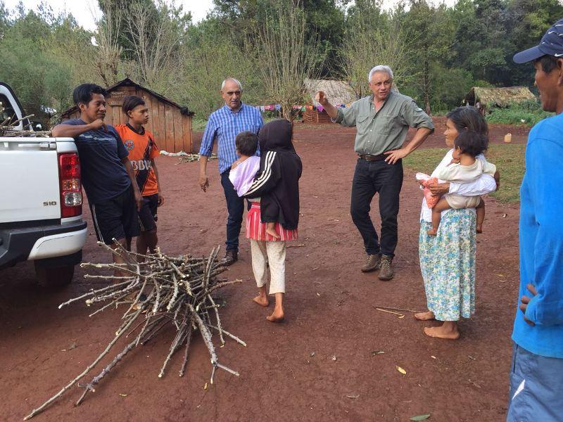 Asistieron a comunidades aborígenes en plantación de mandioca y maíz