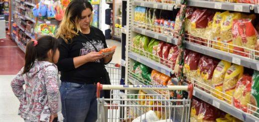 Economista sostiene que seguirán altos los registros de inflación en los próximos meses