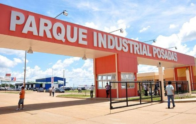 La provincia analiza entregar en concesión el Puerto de Posadas sin pasar por otra licitación