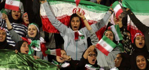 Luego de casi 40 años, Irán permitió a mujeres asistir a un partido de fútbol