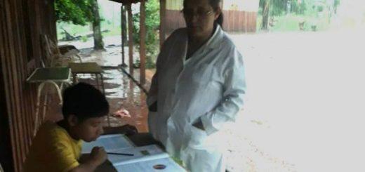 Ni la lluvia ni los graves efectos del clima, frenan las clases en una escuela aborigen Mbyá Guaraní