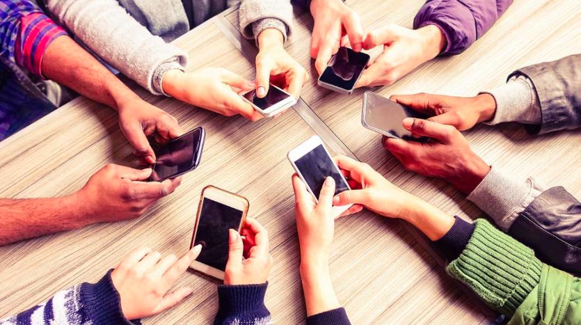 Nomofobia:La ansiedad por olvidar el celular está relacionada con la necesidad de registrar los recuerdos