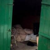 Video: filmó a su mucama colgada del séptimo piso, no la ayudó y la mujer cayó al vacío