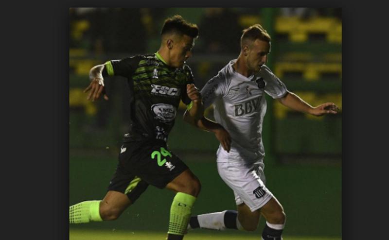 Superliga: Defensa y Justicia derrotó a Talleres y es escolta de Racing
