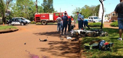 Chocaron dos motos en Apóstoles y sus conductores terminaron internados, en grave estado