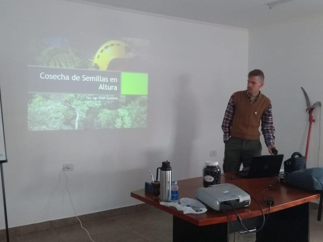 Con marcada asistencia de pequeños productores, concluyó el curso de Cosecha de Semillas en el Vivero Forestal Modelo de Dos de Mayo
