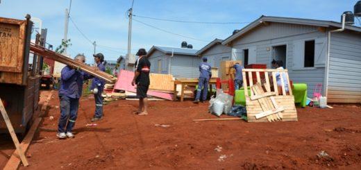 La Provincia dio solución habitacional a 10 familias asentadas en la vía pública en la Chacra 158