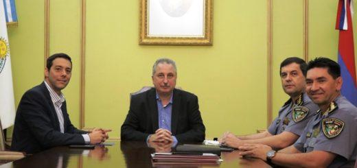 Passalacqua recibió al jefe y subjefe de la Policía provincial