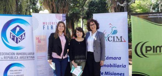 """Realizan una campaña informativa sobre el """"rol del corredor inmobiliario"""" en la plaza 9 de Julio de Posadas"""