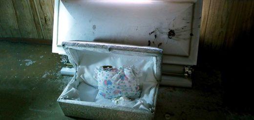 Macabro: encuentran 38 cuerpos en una funeraria cerrada