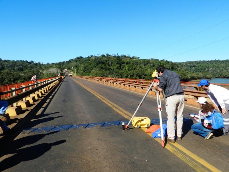 Mañana habrá tránsito restringido sobre la ruta nacional 12 por pruebas de cargas sobre puentes con bitrenes