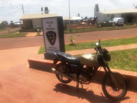 Posadas:La Policía recuperó una moto robada esta madrugada