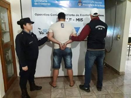 Irigoyen: Detuvieron en zona fronteriza a joven brasilero con cocaína