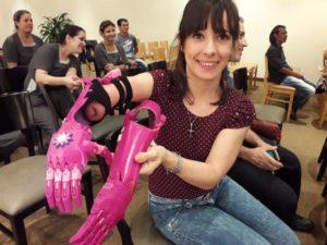 """El programa solidario """"Te doy una mano"""" entregó 5 manos ortopédicas en Iguazú"""