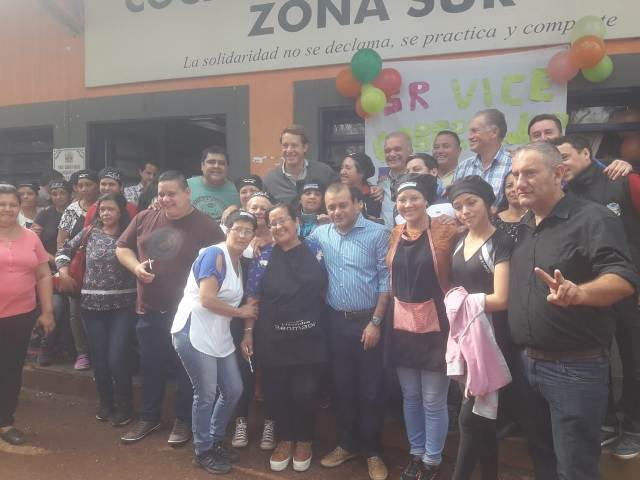 Entregaron seguros de Salud a trabajadores de la Cocina Centralizada de Posadas