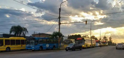 Luego del paro comienza a normalizarse el servicio de transporte urbano