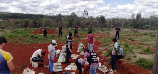 La Policía incautó un vehículo narco brasileño repleto de droga en San Vicente: llevaba 450 kilos de marihuana