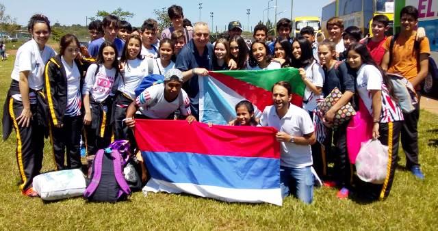 La delegación misionera partió a los Juegos Evita nacionales con cerca de 800 integrantes