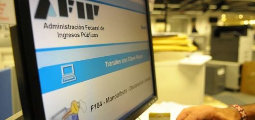 El Gobierno amplió por ley el uso de medios electrónicos de pago