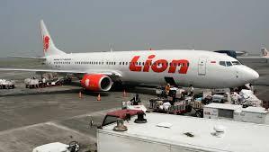 Se estrelló un avión con 189 personas a bordo en el mar en Indonesia