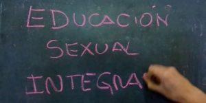 La Educación Sexual Integral apunta a evitar la discriminación, los embarazos no deseados y el contagio de enfermedades venéreas