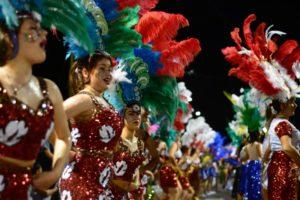 Si el tiempo acompaña esta noche se realizará un nuevo desfile de la #Estudiantina2019
