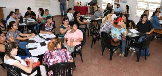 La EBY y el Ministerio de Desarrollo Social capacitan a 30 emprendedores