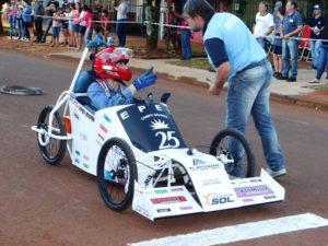 La Epet 3 se impuso en el encuentro misionero de autos eléctricos que se realizó en Campo Grande