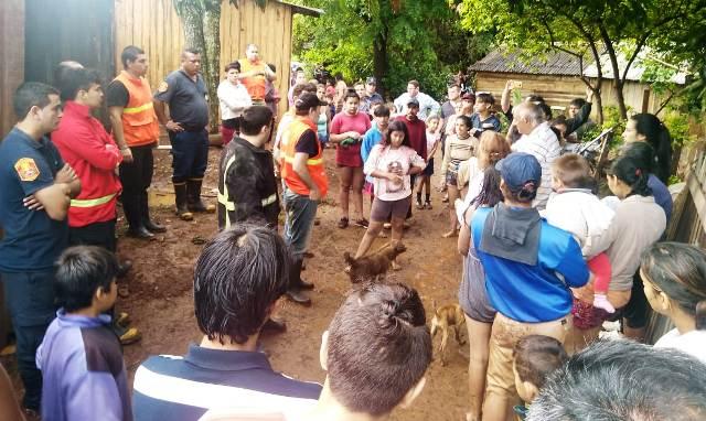 Temporal de Posadas: Afectados de la chacra 245 serán evacuados a la Iglesia Santa Rita y salones comunitarios