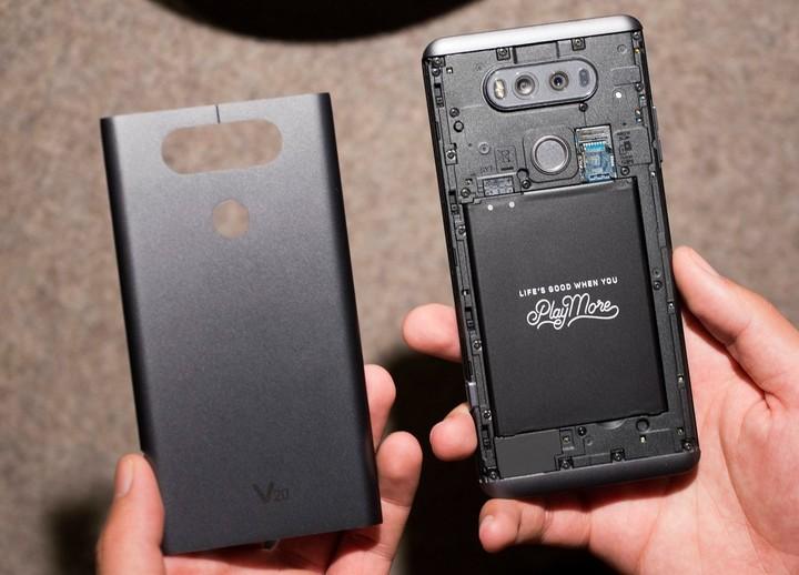 Cómo hacer que tu viejo celular funcione como el primer día