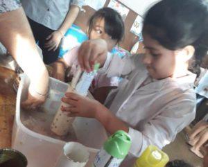 Madera fabricada con elementos en desuso, proponen alumnas del Saavedra