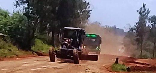 Vialidad Provincial trabaja arreglando calles en cercanías del límite con Corrientes