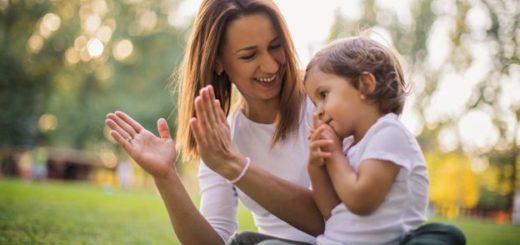 Predictim: la aplicación que investiga las redes sociales de candidatas a niñeras