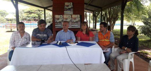 El Ministerio de Deportes entregó Deporbonos al Club de Empleados del IPS