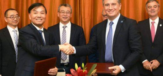 Etchevehere firmó un convenio con la empresa estatal china Sinograin