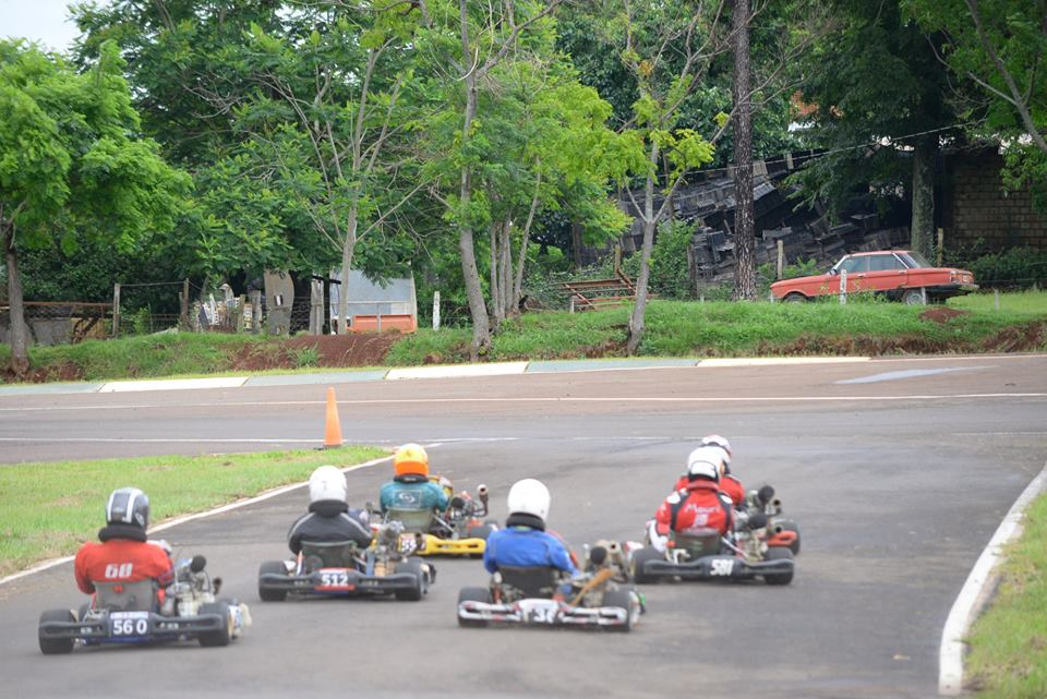 En una jornada con muchas emociones, se corrió el GP Coronación del Karting Misionero