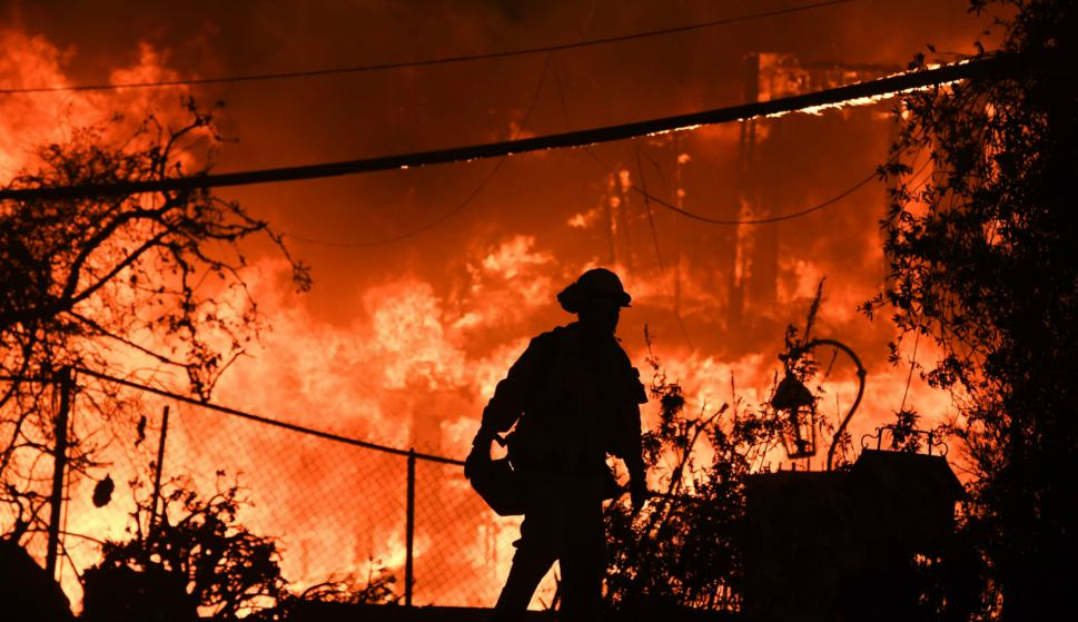 El incendio más letal en la historia de California: ya hay 77 muertos y casi 1.000 desaparecidos