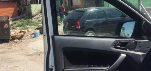 Un caso insólito: Lo asaltaron y la Policía lo llevó a una villa, en un patrullero, para recuperar lo robado