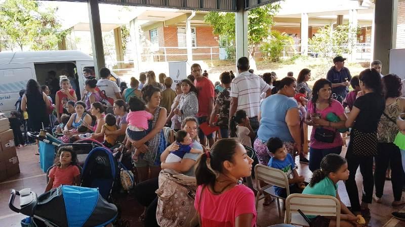 Bº San Isidro de Posadas: Oscar Herrera Ahuad encabezó un nuevo operativo del Programa de Asistencia Solidaria