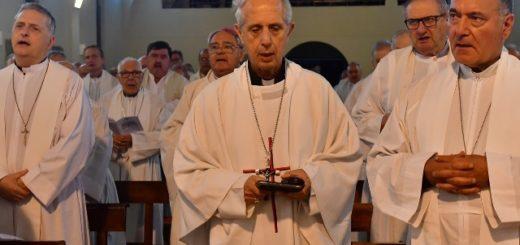 """La Iglesia acordó el """"reemplazo gradual"""" de los aportes del Estado Nacional"""