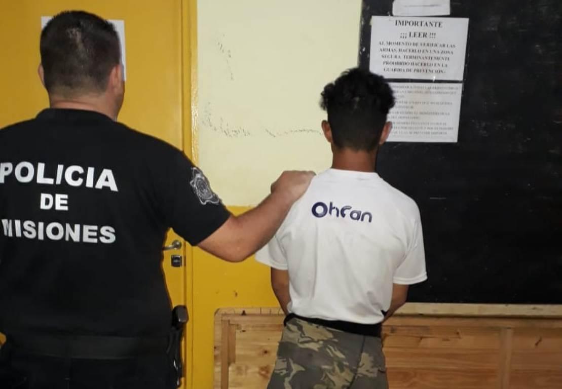 Pandilla juvenil intentó saquear la casa de un abuelo de 84 años en Posadas: uno de los ladrones fue capturado