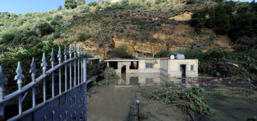 Por lluvias torrenciales mueren dos familias en Sicilia y sube cifra de víctimas en Italia