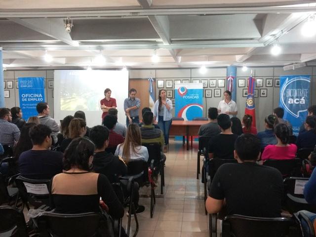 La Oficina Municipal de Empleo y la Agencia de Turismo Posadas cerraron otro ciclo de capacitaciones a 70 jóvenes
