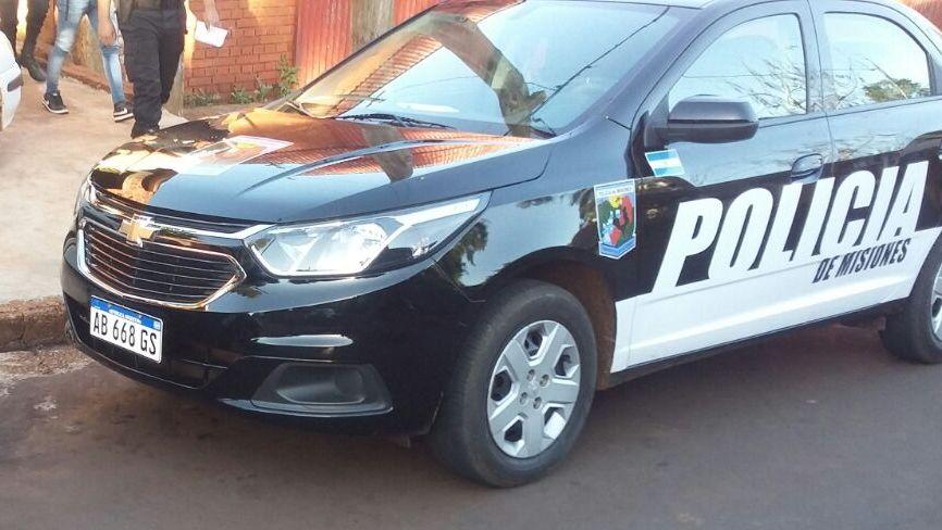 La Policía busca a un grupo de adolescentes que  dañaron instalaciones de un barrio en Oberá